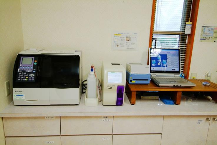 肝臓専門医、内科、消化器科、肝臓病 はやさかクリニック検査機器
